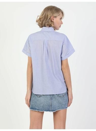 Colin's Regular Fit Standart Kol V Yaka Kadın Gömlek Kısa Kol Mavi